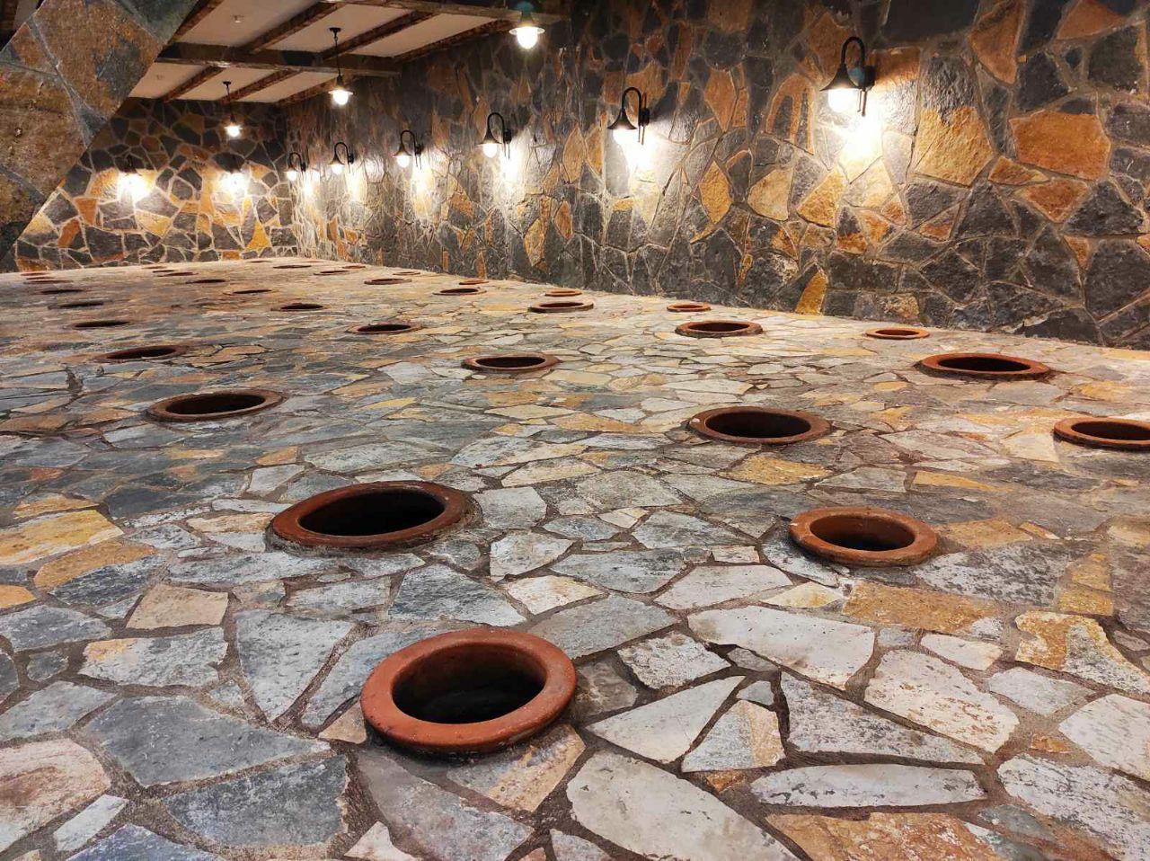 Georgian method of producing winre in underground amphorae